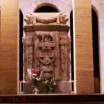 L'Ara dei Caduti al Sacrario